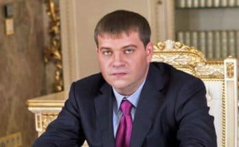 против Анисимова