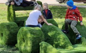 травяные скульптуры