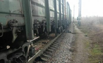 грузового поезда