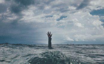 утонул парень